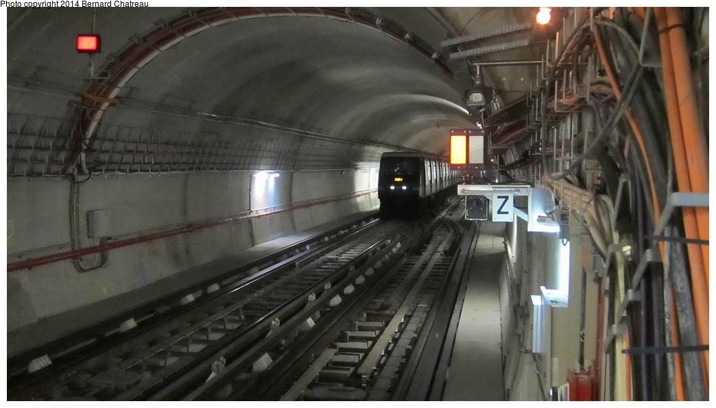 (246k, 1044x595)<br><b>Country:</b> France<br><b>City:</b> Paris<br><b>System:</b> RATP (Régie Autonome des Transports Parisiens)<br><b>Line:</b> Metro Ligne 4<br><b>Location:</b> Mairie de Montrouge <br><b>Photo by:</b> Bernard Chatreau<br><b>Date:</b> 3/26/2013<br><b>Viewed (this week/total):</b> 1 / 138