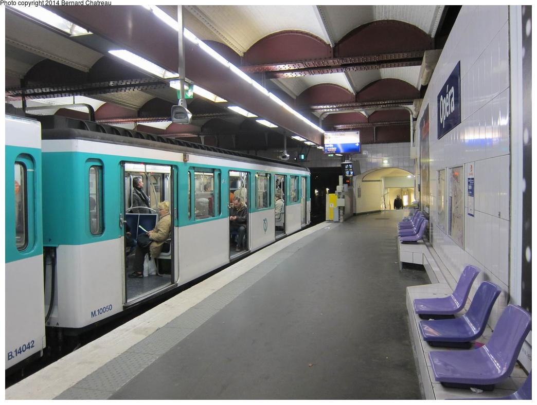 (287k, 1044x788)<br><b>Country:</b> France<br><b>City:</b> Paris<br><b>System:</b> RATP (Régie Autonome des Transports Parisiens)<br><b>Line:</b> Metro Ligne 3<br><b>Location:</b> Opéra <br><b>Car:</b> MF67 M10050 Rame 030 <br><b>Photo by:</b> Bernard Chatreau<br><b>Date:</b> 12/6/2011<br><b>Viewed (this week/total):</b> 0 / 51