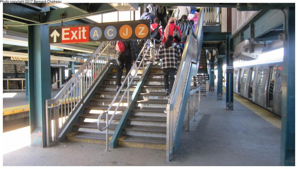 (259k, 1044x594)<br><b>Country:</b> United States<br><b>City:</b> New York<br><b>System:</b> New York City Transit<br><b>Line:</b> BMT Canarsie Line<br><b>Location:</b> Broadway Junction <br><b>Photo by:</b> Bernard Chatreau<br><b>Date:</b> 4/9/2011<br><b>Viewed (this week/total):</b> 0 / 659