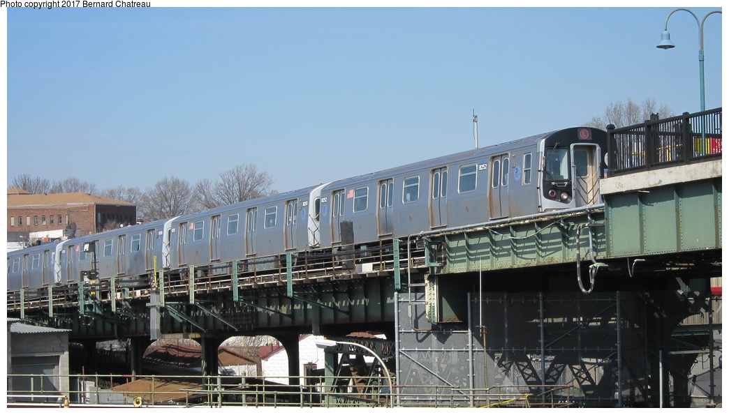 (241k, 1044x595)<br><b>Country:</b> United States<br><b>City:</b> New York<br><b>System:</b> New York City Transit<br><b>Line:</b> BMT Canarsie Line<br><b>Location:</b> Broadway Junction <br><b>Route:</b> L<br><b>Car:</b> R-143 (Kawasaki, 2001-2002) 8252 <br><b>Photo by:</b> Bernard Chatreau<br><b>Date:</b> 4/9/2011<br><b>Viewed (this week/total):</b> 1 / 398