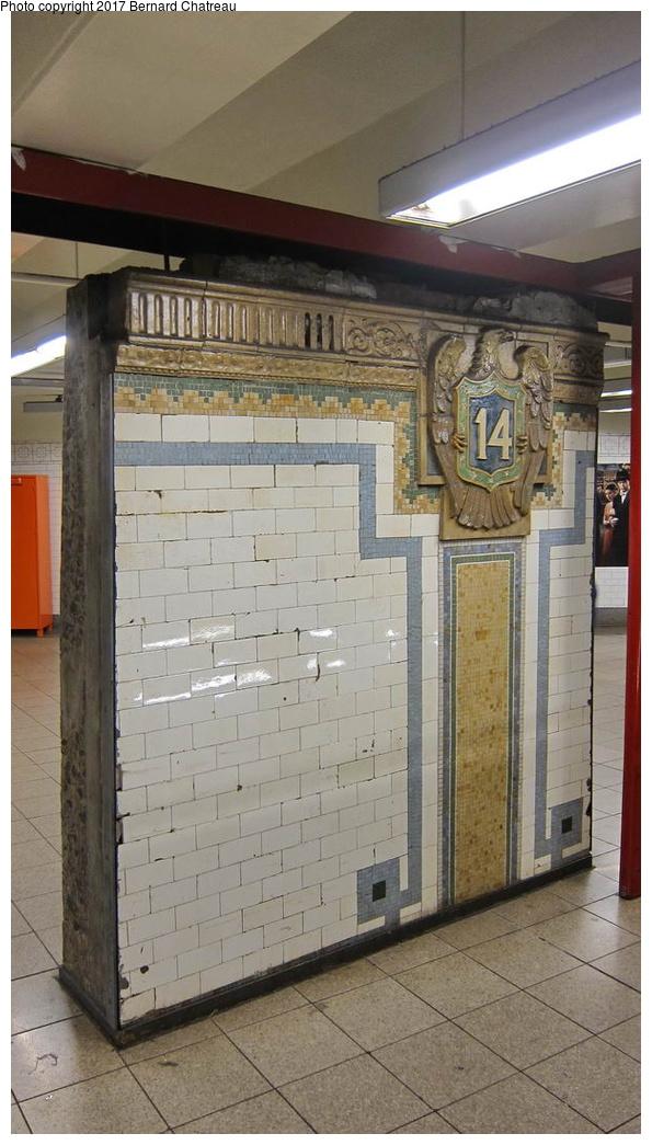 (241k, 595x1045)<br><b>Country:</b> United States<br><b>City:</b> New York<br><b>System:</b> New York City Transit<br><b>Line:</b> BMT Canarsie Line<br><b>Location:</b> Union Square <br><b>Photo by:</b> Bernard Chatreau<br><b>Date:</b> 9/25/2011<br><b>Viewed (this week/total):</b> 2 / 487