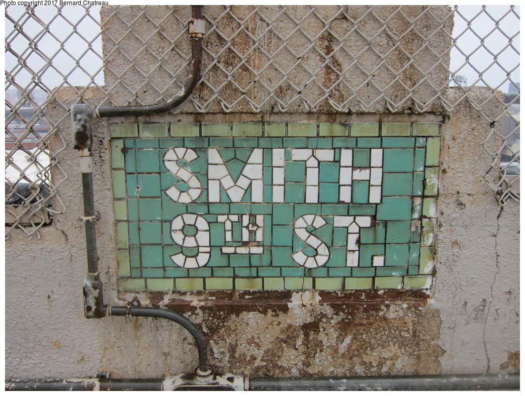 (428k, 1044x788)<br><b>Country:</b> United States<br><b>City:</b> New York<br><b>System:</b> New York City Transit<br><b>Line:</b> IND Crosstown Line<br><b>Location:</b> Smith/9th Street <br><b>Photo by:</b> Bernard Chatreau<br><b>Date:</b> 4/16/2011<br><b>Viewed (this week/total):</b> 0 / 369