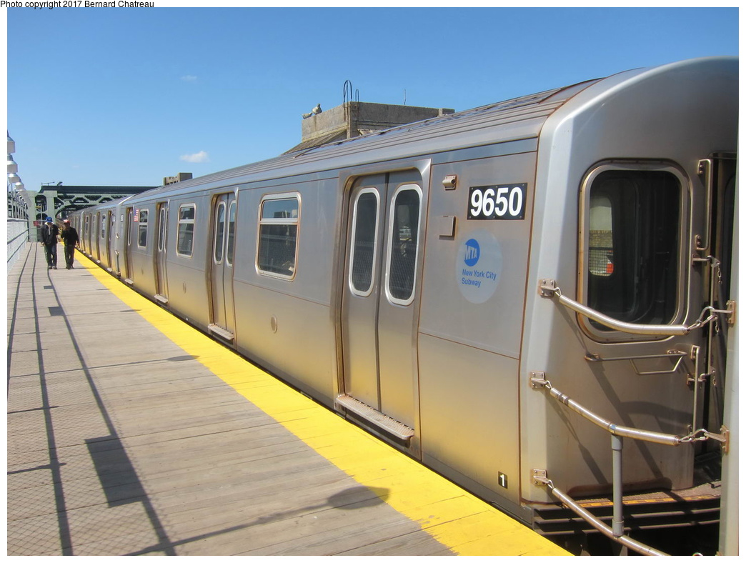 (266k, 1044x788)<br><b>Country:</b> United States<br><b>City:</b> New York<br><b>System:</b> New York City Transit<br><b>Line:</b> IND Crosstown Line<br><b>Location:</b> 4th Avenue <br><b>Route:</b> F<br><b>Car:</b> R-160A (Option 2) (Alstom, 2009, 5-car sets)  9650 <br><b>Photo by:</b> Bernard Chatreau<br><b>Date:</b> 4/17/2011<br><b>Viewed (this week/total):</b> 0 / 350