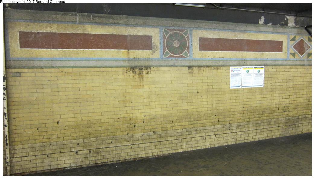 (262k, 1044x595)<br><b>Country:</b> United States<br><b>City:</b> New York<br><b>System:</b> New York City Transit<br><b>Line:</b> IRT White Plains Road Line<br><b>Location:</b> 149th Street/Grand Concourse (Mott Avenue) <br><b>Photo by:</b> Bernard Chatreau<br><b>Date:</b> 4/12/2011<br><b>Notes:</b> Station mosaics.<br><b>Viewed (this week/total):</b> 2 / 298