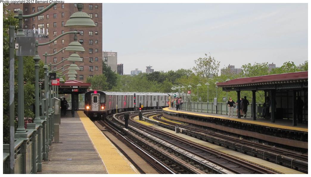 (262k, 1044x594)<br><b>Country:</b> United States<br><b>City:</b> New York<br><b>System:</b> New York City Transit<br><b>Line:</b> IRT White Plains Road Line<br><b>Location:</b> Jackson Avenue <br><b>Route:</b> 5<br><b>Car:</b> R-142 (Primary Order, Bombardier, 1999-2002)  6880 <br><b>Photo by:</b> Bernard Chatreau<br><b>Date:</b> 9/24/2011<br><b>Viewed (this week/total):</b> 0 / 457