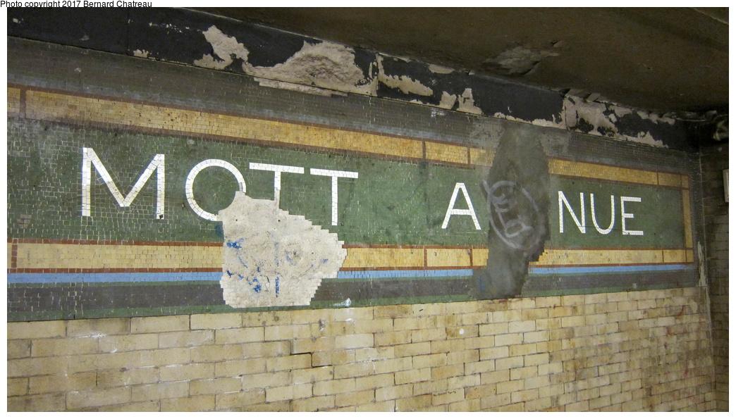(280k, 1044x595)<br><b>Country:</b> United States<br><b>City:</b> New York<br><b>System:</b> New York City Transit<br><b>Line:</b> IRT White Plains Road Line<br><b>Location:</b> 149th Street/Grand Concourse (Mott Avenue) <br><b>Photo by:</b> Bernard Chatreau<br><b>Date:</b> 9/24/2011<br><b>Notes:</b> Station mosaics.<br><b>Viewed (this week/total):</b> 2 / 479