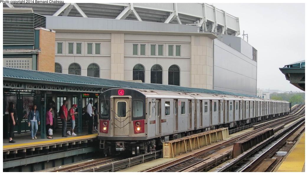 (260k, 1044x594)<br><b>Country:</b> United States<br><b>City:</b> New York<br><b>System:</b> New York City Transit<br><b>Line:</b> IRT Woodlawn Line<br><b>Location:</b> 161st Street/River Avenue (Yankee Stadium) <br><b>Route:</b> 4<br><b>Car:</b> R-142 (Option Order, Bombardier, 2002-2003)  1190 <br><b>Photo by:</b> Bernard Chatreau<br><b>Date:</b> 9/23/2011<br><b>Viewed (this week/total):</b> 3 / 515