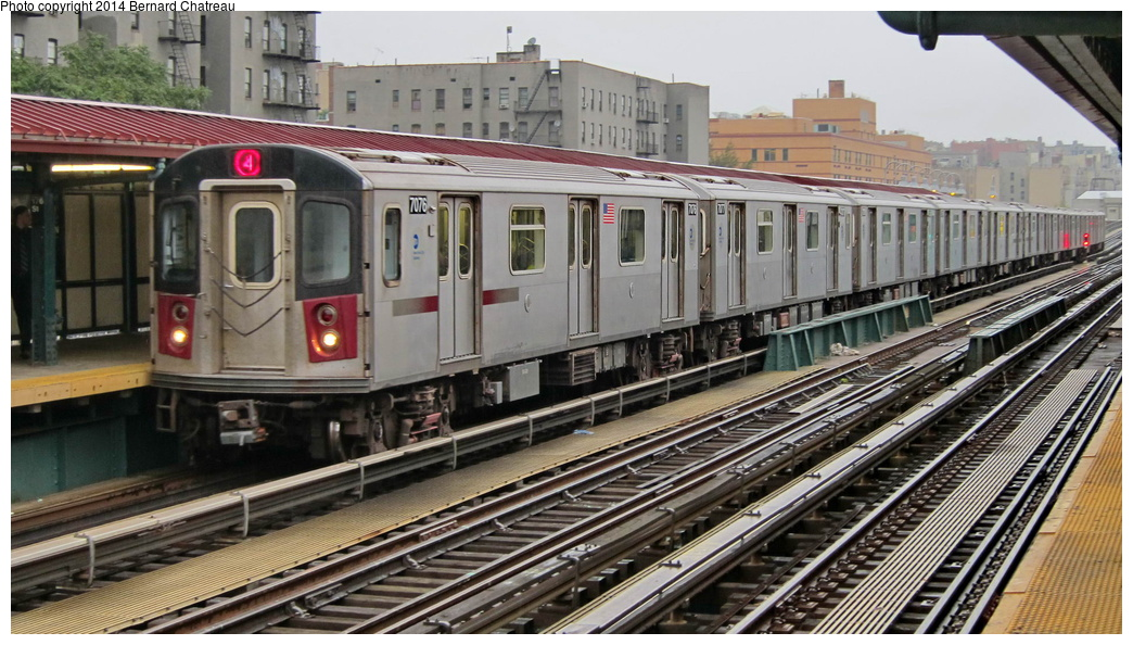 (302k, 1044x594)<br><b>Country:</b> United States<br><b>City:</b> New York<br><b>System:</b> New York City Transit<br><b>Line:</b> IRT Woodlawn Line<br><b>Location:</b> 176th Street <br><b>Route:</b> 4<br><b>Car:</b> R-142 (Option Order, Bombardier, 2002-2003)  7076 <br><b>Photo by:</b> Bernard Chatreau<br><b>Date:</b> 9/23/2011<br><b>Viewed (this week/total):</b> 2 / 427