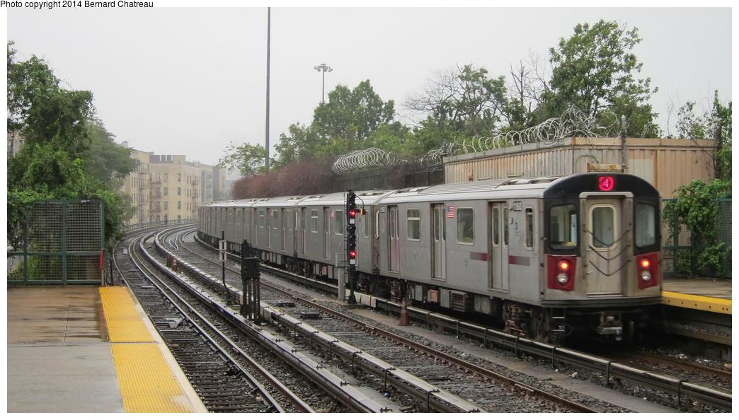 (274k, 1044x594)<br><b>Country:</b> United States<br><b>City:</b> New York<br><b>System:</b> New York City Transit<br><b>Line:</b> IRT Woodlawn Line<br><b>Location:</b> Bedford Park Boulevard <br><b>Route:</b> 4<br><b>Car:</b> R-142 (Option Order, Bombardier, 2002-2003)  1160 <br><b>Photo by:</b> Bernard Chatreau<br><b>Date:</b> 9/23/2011<br><b>Viewed (this week/total):</b> 1 / 344