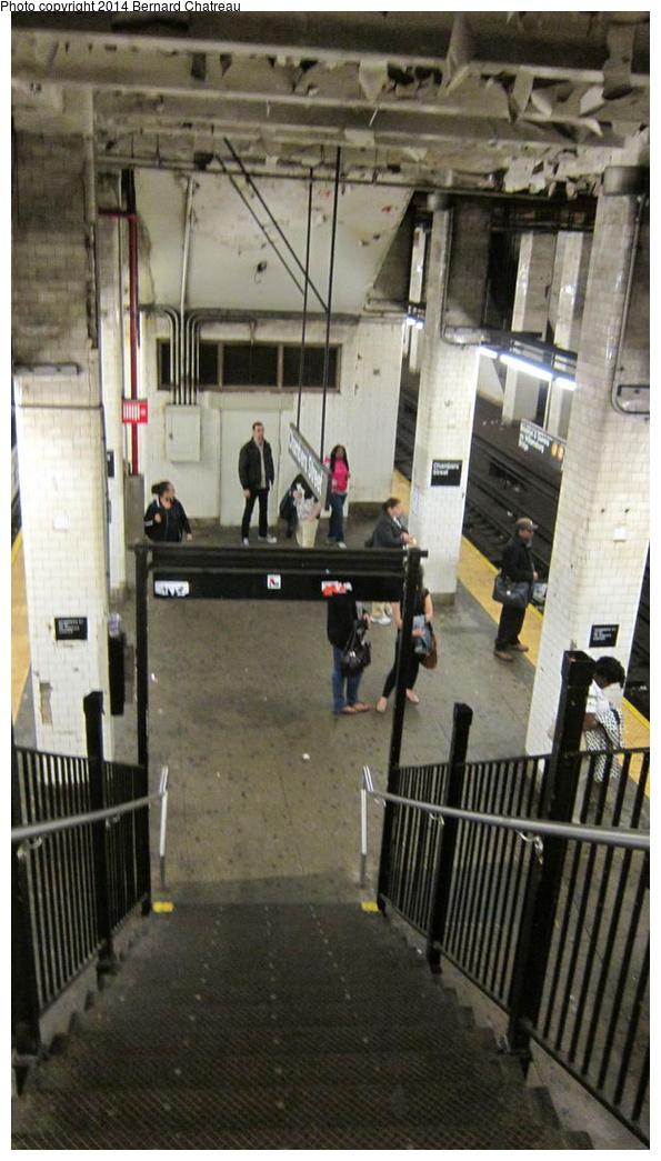 (240k, 595x1045)<br><b>Country:</b> United States<br><b>City:</b> New York<br><b>System:</b> New York City Transit<br><b>Line:</b> BMT Nassau Street/Jamaica Line<br><b>Location:</b> Chambers Street <br><b>Photo by:</b> Bernard Chatreau<br><b>Date:</b> 4/11/2011<br><b>Viewed (this week/total):</b> 1 / 461