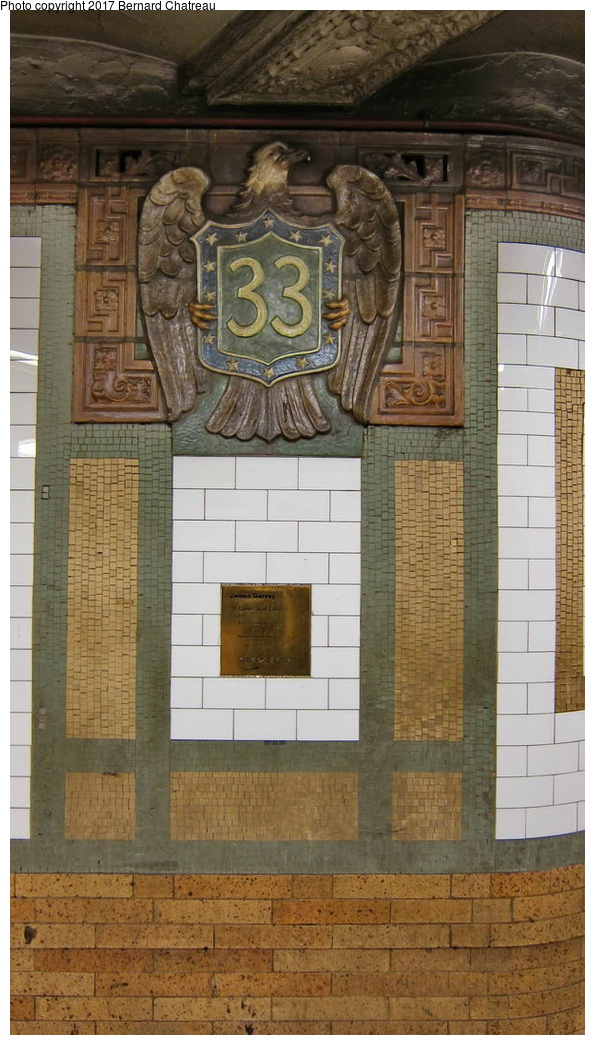 (261k, 595x1045)<br><b>Country:</b> United States<br><b>City:</b> New York<br><b>System:</b> New York City Transit<br><b>Line:</b> IRT East Side Line<br><b>Location:</b> 33rd Street <br><b>Photo by:</b> Bernard Chatreau<br><b>Date:</b> 10/4/2011<br><b>Viewed (this week/total):</b> 1 / 401