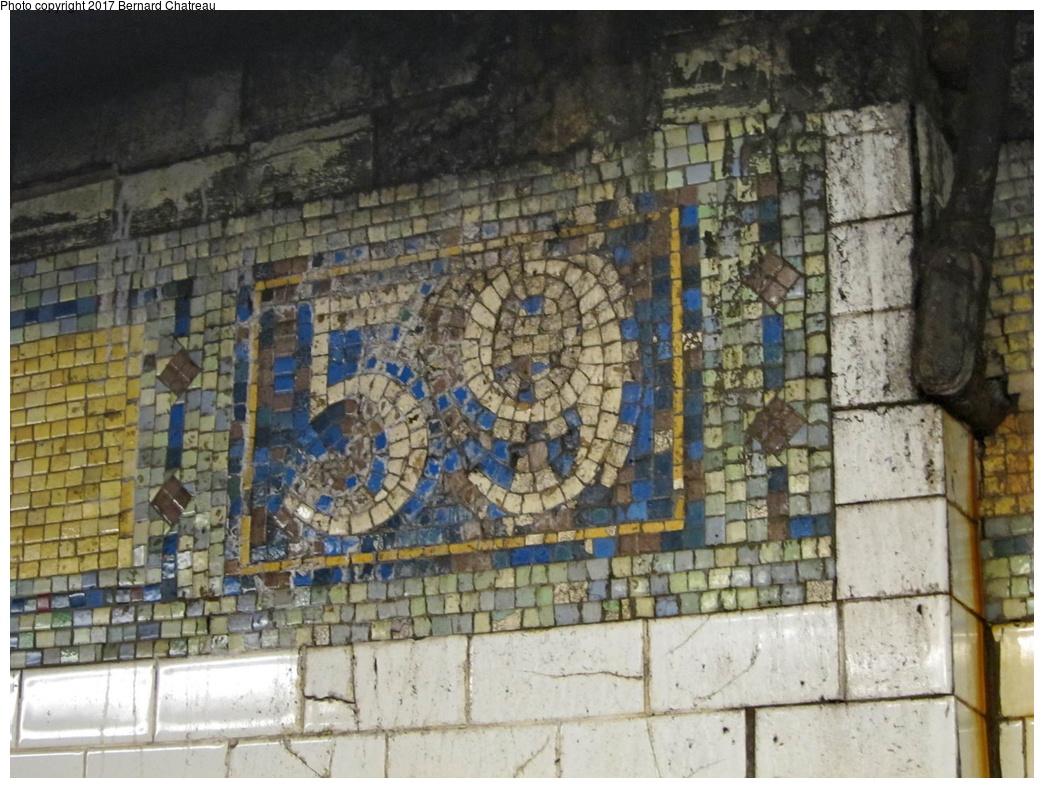 (342k, 1044x788)<br><b>Country:</b> United States<br><b>City:</b> New York<br><b>System:</b> New York City Transit<br><b>Line:</b> IRT East Side Line<br><b>Location:</b> 59th Street <br><b>Photo by:</b> Bernard Chatreau<br><b>Date:</b> 4/16/2011<br><b>Viewed (this week/total):</b> 2 / 378