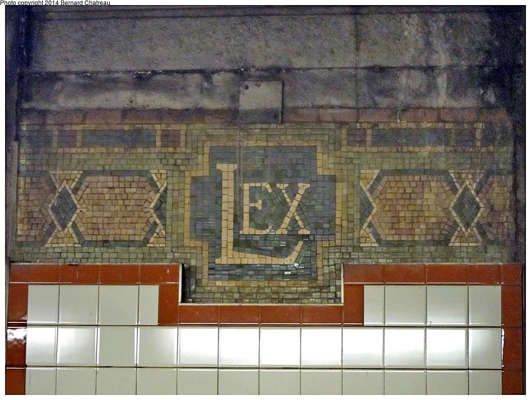 (431k, 1044x787)<br><b>Country:</b> United States<br><b>City:</b> New York<br><b>System:</b> New York City Transit<br><b>Line:</b> BMT Broadway Line<br><b>Location:</b> Lexington Avenue (59th Street) <br><b>Photo by:</b> Bernard Chatreau<br><b>Date:</b> 4/16/2011<br><b>Viewed (this week/total):</b> 1 / 456