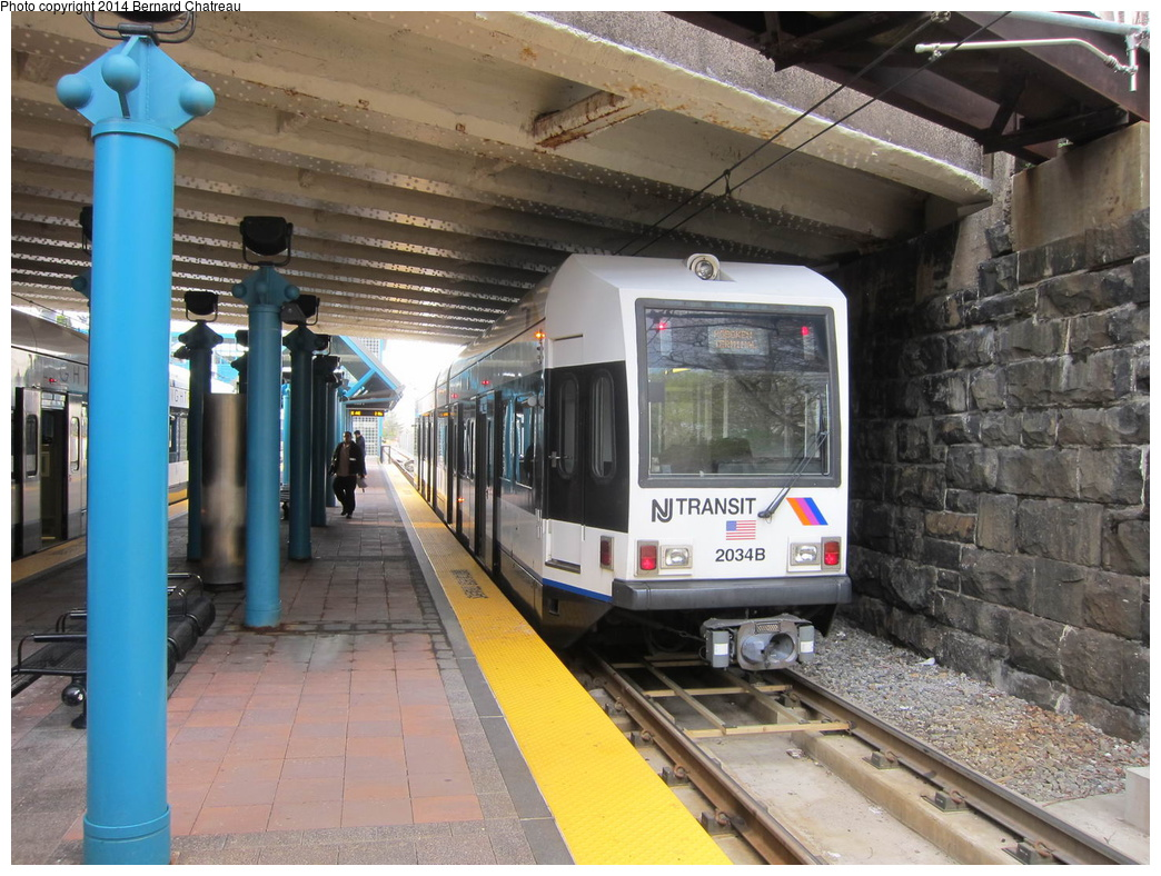 (347k, 1044x788)<br><b>Country:</b> United States<br><b>City:</b> North Bergen, NJ<br><b>System:</b> Hudson Bergen Light Rail<br><b>Location:</b> Tonnelle Avenue<br><b>Car:</b> NJT-HBLR LRV (Kinki-Sharyo, 1998-99) 2034 <br><b>Photo by:</b> Bernard Chatreau<br><b>Date:</b> 4/18/2011<br><b>Viewed (this week/total):</b> 3 / 181