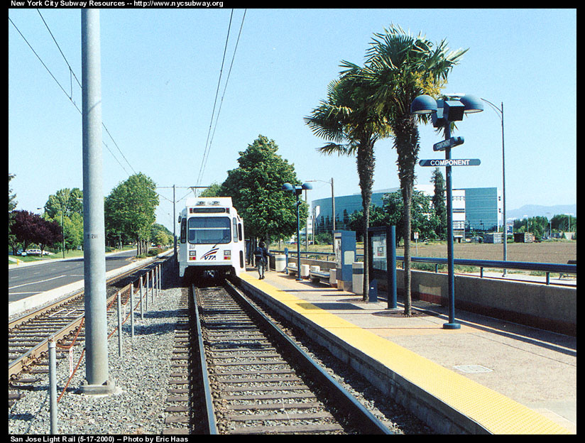 (218k, 824x624)<br><b>Country:</b> United States<br><b>City:</b> San Jose, CA<br><b>System:</b> Santa Clara VTA<br><b>Line:</b> VTA 1st St/Downtown/St. Teresa<br><b>Location:</b> Component <br><b>Photo by:</b> Eric Haas<br><b>Date:</b> 5/17/2000<br><b>Notes:</b> Southbound train<br><b>Viewed (this week/total):</b> 0 / 1775