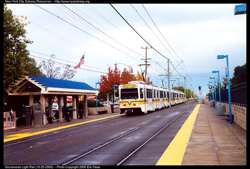 (152k, 824x557)<br><b>Country:</b> United States<br><b>City:</b> Sacramento, CA<br><b>System:</b> SACRT Light Rail<br><b>Location:</b> Watt/Manlove <br><b>Photo by:</b> Eric Haas<br><b>Date:</b> 10/25/2000<br><b>Viewed (this week/total):</b> 0 / 1792
