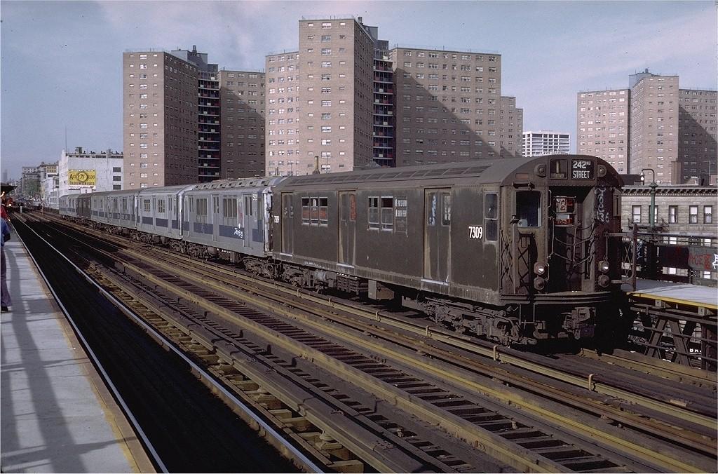 (258k, 1024x676)<br><b>Country:</b> United States<br><b>City:</b> New York<br><b>System:</b> New York City Transit<br><b>Line:</b> IRT West Side Line<br><b>Location:</b> 125th Street <br><b>Route:</b> 1<br><b>Car:</b> R-22 (St. Louis, 1957-58) 7309 <br><b>Photo by:</b> Steve Zabel<br><b>Collection of:</b> Joe Testagrose<br><b>Date:</b> 5/21/1972<br><b>Viewed (this week/total):</b> 2 / 2416