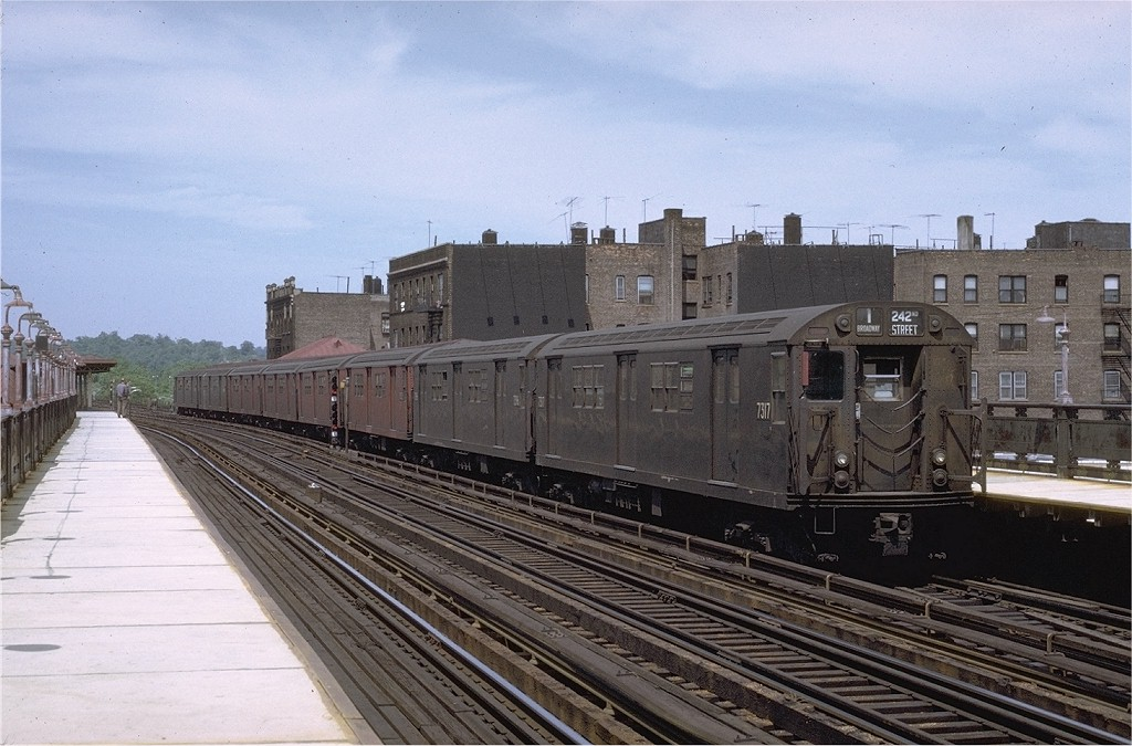 (199k, 1024x675)<br><b>Country:</b> United States<br><b>City:</b> New York<br><b>System:</b> New York City Transit<br><b>Line:</b> IRT West Side Line<br><b>Location:</b> 238th Street <br><b>Route:</b> 1<br><b>Car:</b> R-22 (St. Louis, 1957-58) 7317 <br><b>Photo by:</b> Joe Testagrose<br><b>Date:</b> 11/21/1970<br><b>Viewed (this week/total):</b> 0 / 2436