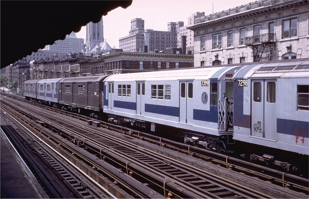 (251k, 1024x661)<br><b>Country:</b> United States<br><b>City:</b> New York<br><b>System:</b> New York City Transit<br><b>Line:</b> IRT West Side Line<br><b>Location:</b> 125th Street <br><b>Route:</b> 1<br><b>Car:</b> R-22 (St. Louis, 1957-58) 7399 <br><b>Photo by:</b> Steve Zabel<br><b>Collection of:</b> Joe Testagrose<br><b>Date:</b> 7/20/1972<br><b>Viewed (this week/total):</b> 0 / 2490