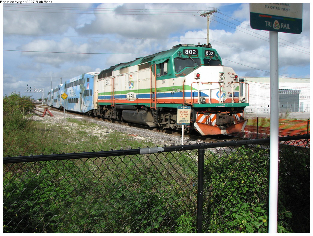 (326k, 1044x788)<br><b>Country:</b> United States<br><b>City:</b> Miami, FL<br><b>System:</b> Miami Tri-Rail<br><b>Location:</b> Metrorail Transfer (Metrorail, Amtrak) <br><b>Photo by:</b> Rick Ross<br><b>Date:</b> 1/1/2007<br><b>Viewed (this week/total):</b> 0 / 1789