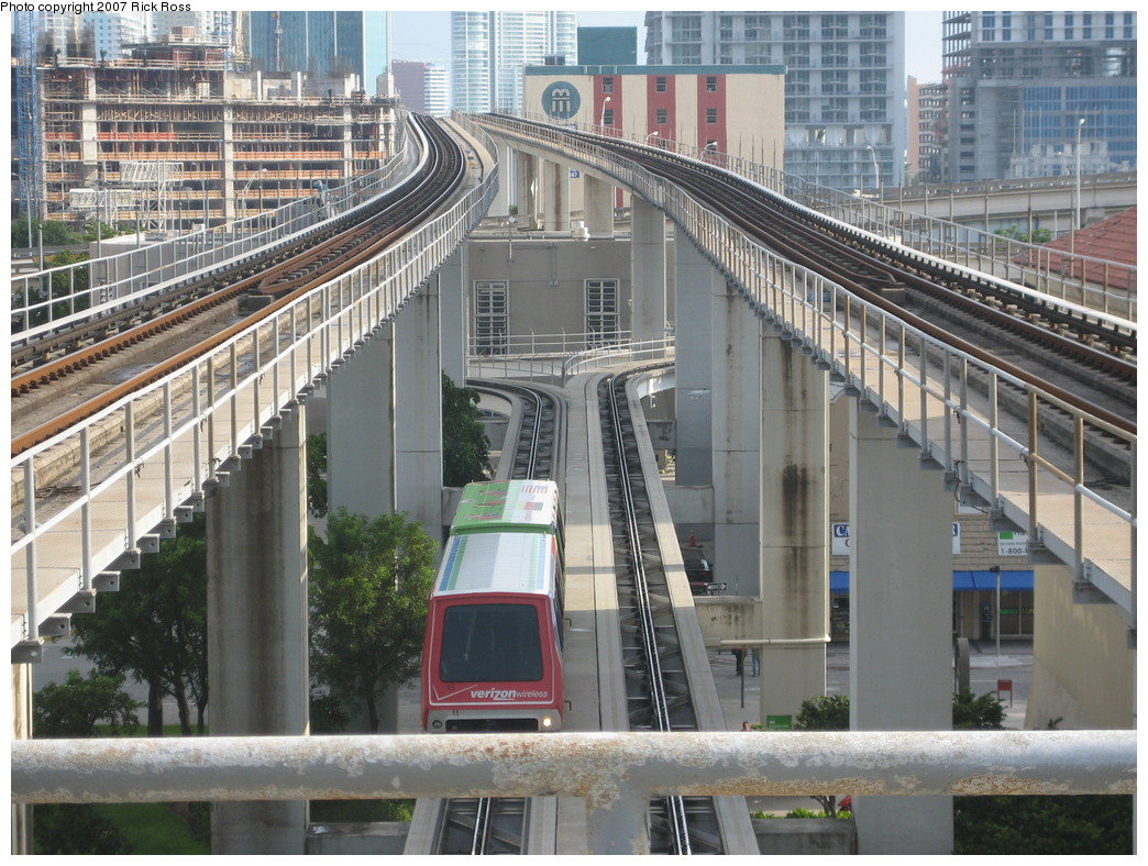 (276k, 1044x788)<br><b>Country:</b> United States<br><b>City:</b> Miami, FL<br><b>System:</b> Miami Metromover<br><b>Location:</b> Government Center <br><b>Photo by:</b> Rick Ross<br><b>Date:</b> 9/17/2006<br><b>Viewed (this week/total):</b> 1 / 1716