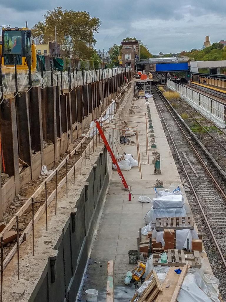 (395k, 768x1025)<br><b>Country:</b> United States<br><b>City:</b> New York<br><b>System:</b> New York City Transit<br><b>Line:</b> BMT Sea Beach Line<br><b>Location:</b> Fort Hamilton Parkway <br><b>Photo by:</b> John Dooley<br><b>Date:</b> 10/23/2017<br><b>Viewed (this week/total):</b> 1 / 1020
