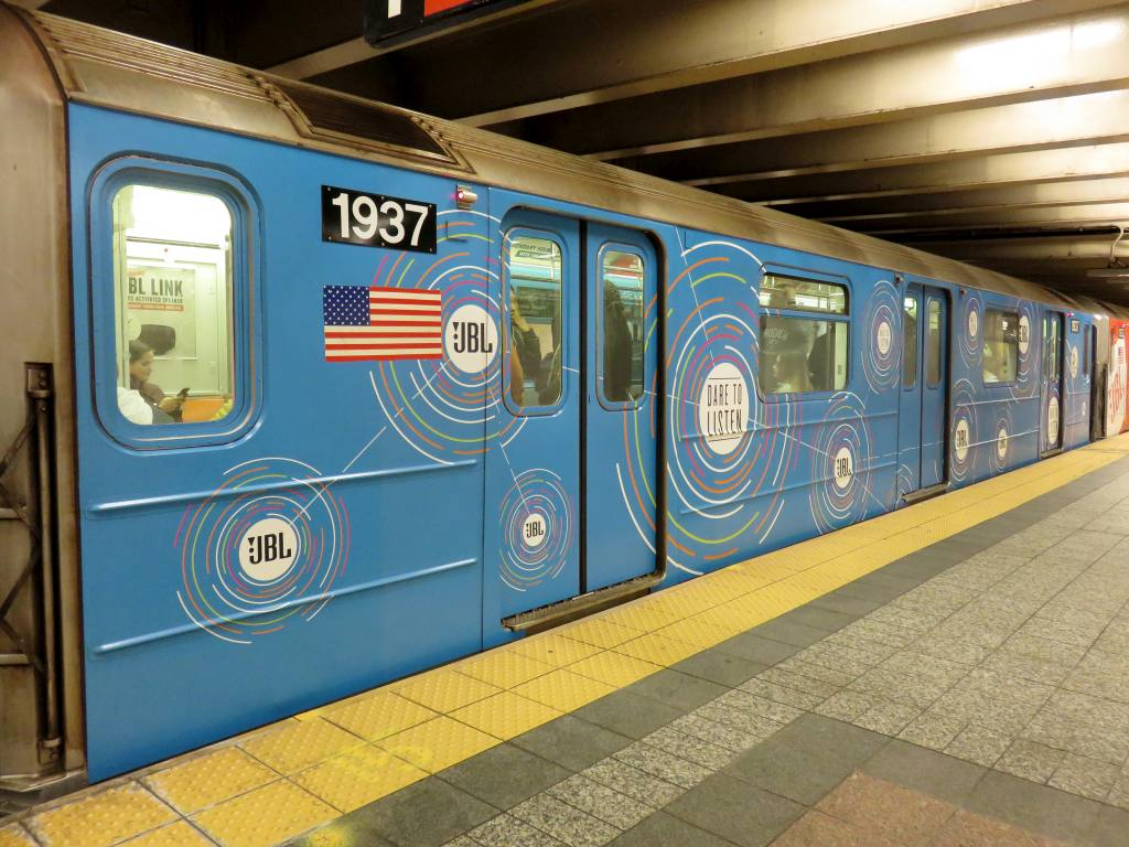 (139k, 1024x768)<br><b>Country:</b> United States<br><b>City:</b> New York<br><b>System:</b> New York City Transit<br><b>Line:</b> IRT Times Square-Grand Central Shuttle<br><b>Location:</b> Grand Central <br><b>Route:</b> S<br><b>Car:</b> R-62A (Bombardier, 1984-1987)  1937 <br><b>Photo by:</b> Robbie Rosenfeld<br><b>Date:</b> 10/17/2017<br><b>Notes:</b> JBL ad wrap<br><b>Viewed (this week/total):</b> 0 / 170