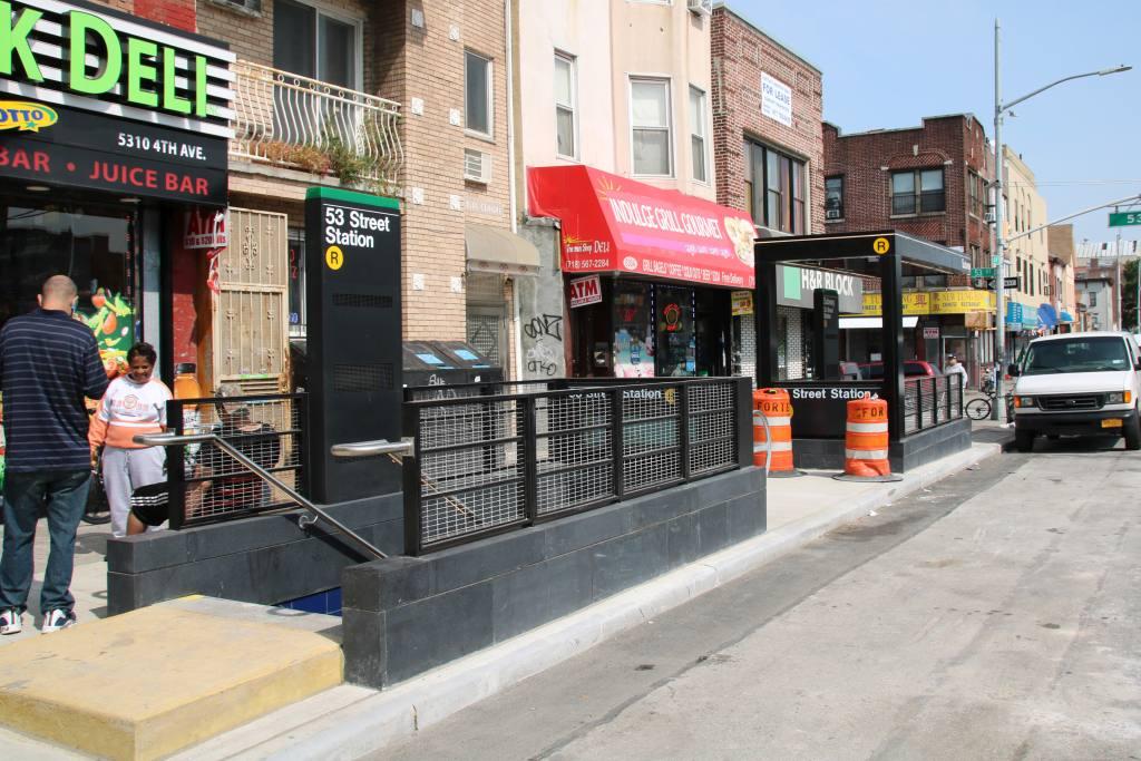 (143k, 1024x683)<br><b>Country:</b> United States<br><b>City:</b> New York<br><b>System:</b> New York City Transit<br><b>Line:</b> BMT 4th Avenue<br><b>Location:</b> 53rd Street <br><b>Photo by:</b> Robbie Rosenfeld<br><b>Date:</b> 9/11/2017<br><b>Viewed (this week/total):</b> 1 / 1070