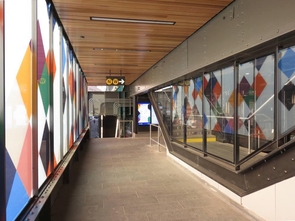(118k, 1024x768)<br><b>Country:</b> United States<br><b>City:</b> New York<br><b>System:</b> New York City Transit<br><b>Line:</b> BMT Astoria Line<br><b>Location:</b> 30th/Grand Aves. <br><b>Photo by:</b> Robbie Rosenfeld<br><b>Date:</b> 6/26/2018<br><b>Artwork:</b> <i>Perasma I and II</i>, Stephen Westfall (2018).<br><b>Viewed (this week/total):</b> 1 / 509