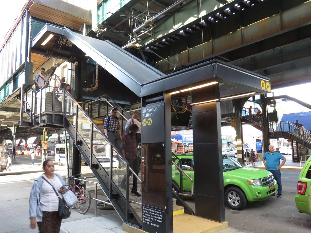 (160k, 1024x768)<br><b>Country:</b> United States<br><b>City:</b> New York<br><b>System:</b> New York City Transit<br><b>Line:</b> BMT Astoria Line<br><b>Location:</b> 30th/Grand Aves. <br><b>Photo by:</b> Robbie Rosenfeld<br><b>Date:</b> 6/26/2018<br><b>Viewed (this week/total):</b> 1 / 499