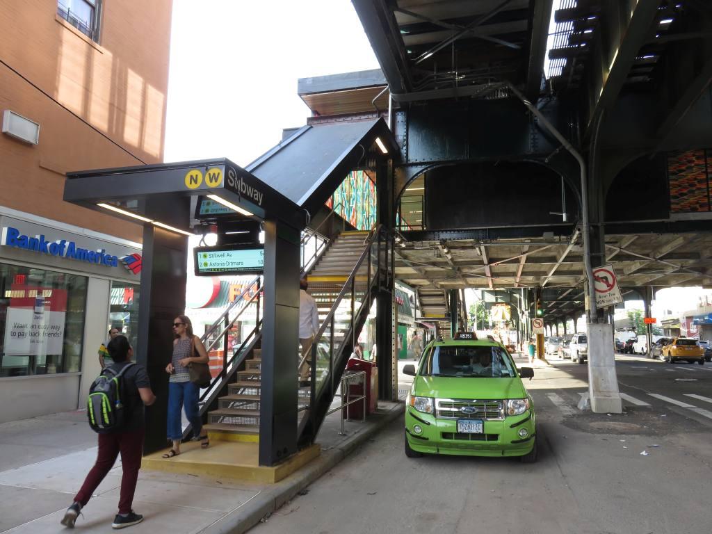 (131k, 1024x768)<br><b>Country:</b> United States<br><b>City:</b> New York<br><b>System:</b> New York City Transit<br><b>Line:</b> BMT Astoria Line<br><b>Location:</b> 36th/Washington Aves. <br><b>Photo by:</b> Robbie Rosenfeld<br><b>Date:</b> 6/26/2018<br><b>Viewed (this week/total):</b> 0 / 487