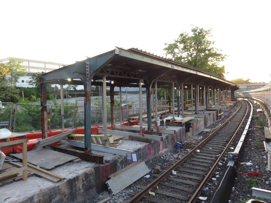 (144k, 1024x768)<br><b>Country:</b> United States<br><b>City:</b> New York<br><b>System:</b> New York City Transit<br><b>Line:</b> BMT Sea Beach Line<br><b>Location:</b> 8th Avenue <br><b>Photo by:</b> Robbie Rosenfeld<br><b>Date:</b> 5/24/2018<br><b>Notes:</b> Station renovations.<br><b>Viewed (this week/total):</b> 5 / 604