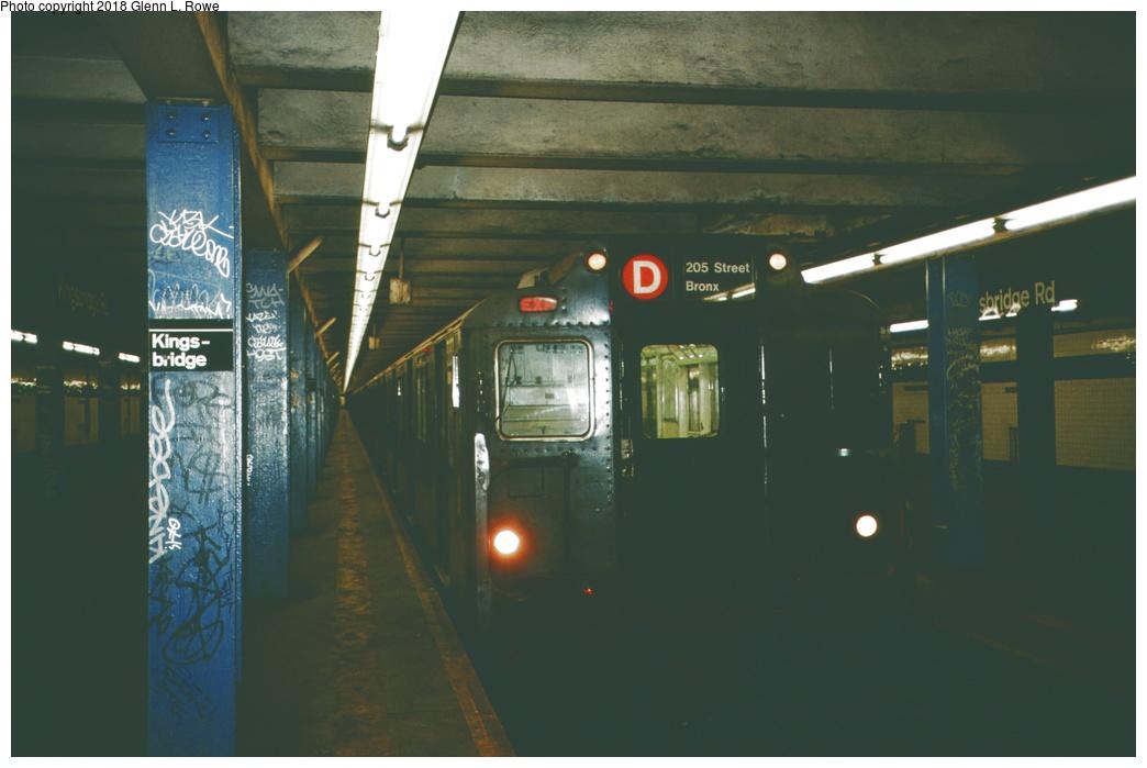 (175k, 1044x699)<br><b>Country:</b> United States<br><b>City:</b> New York<br><b>System:</b> New York City Transit<br><b>Line:</b> IND Concourse Line<br><b>Location:</b> Kingsbridge Road <br><b>Route:</b> C<br><b>Car:</b> R-10 (American Car & Foundry, 1948) 3137 <br><b>Photo by:</b> Glenn L. Rowe<br><b>Date:</b> 5/9/1989<br><b>Viewed (this week/total):</b> 5 / 1460