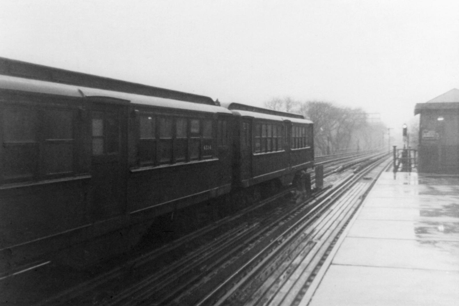 (303k, 1600x1066)<br><b>Country:</b> United States<br><b>City:</b> New York<br><b>System:</b> New York City Transit<br><b>Line:</b> IRT Woodlawn Line<br><b>Location:</b> Kingsbridge Road <br><b>Car:</b> Low-V 4536 <br><b>Collection of:</b> Nicholas Fabrizio<br><b>Viewed (this week/total):</b> 19 / 104