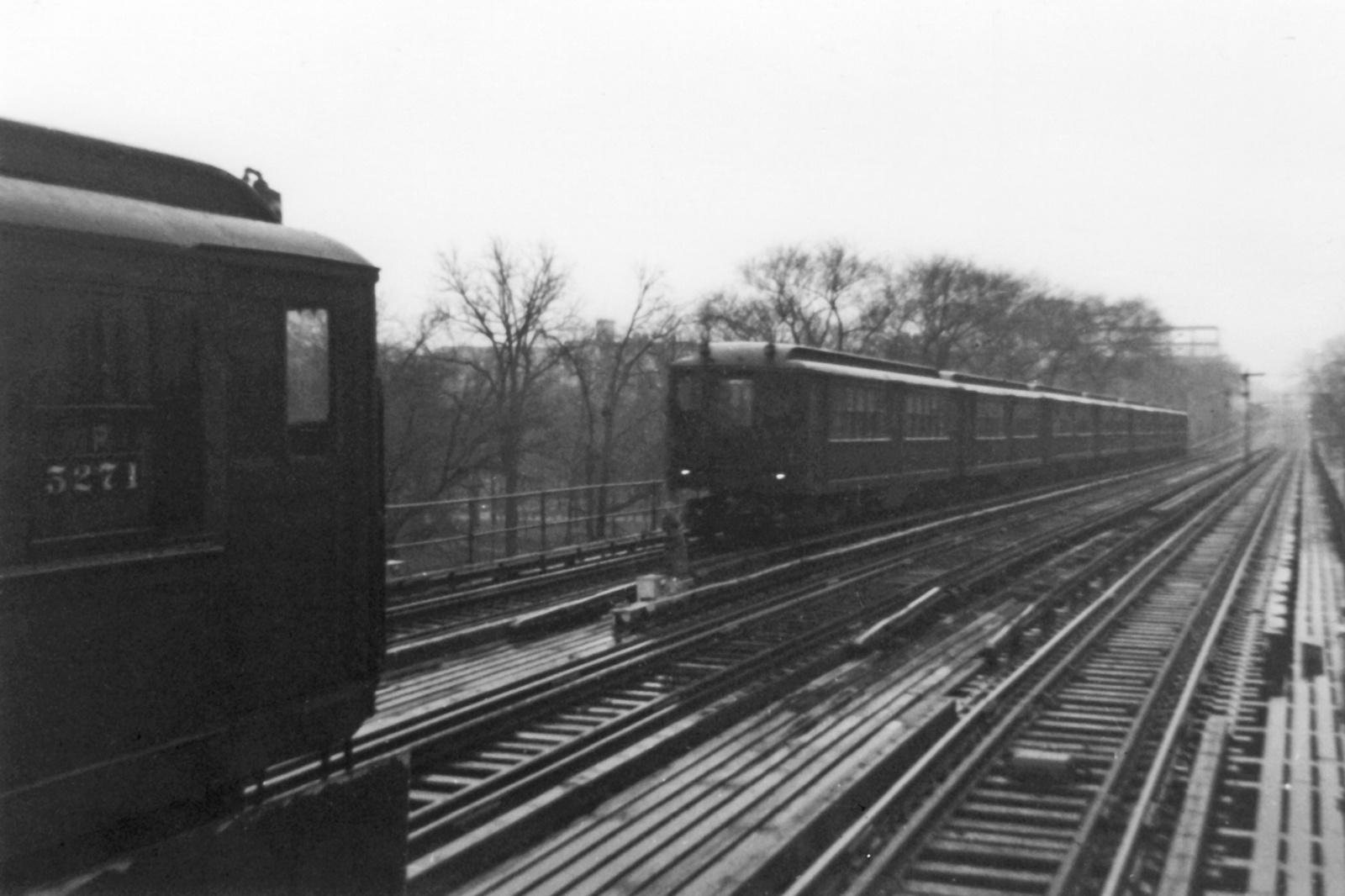 (343k, 1600x1066)<br><b>Country:</b> United States<br><b>City:</b> New York<br><b>System:</b> New York City Transit<br><b>Line:</b> IRT Woodlawn Line<br><b>Location:</b> Kingsbridge Road <br><b>Car:</b> Low-V 5271 <br><b>Collection of:</b> Nicholas Fabrizio<br><b>Viewed (this week/total):</b> 1 / 286