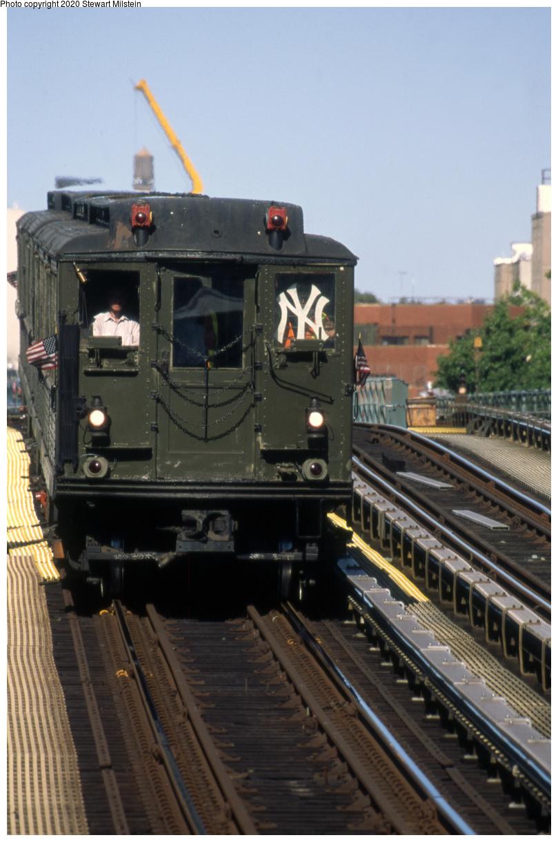 (608k, 1072x1619)<br><b>Country:</b> United States<br><b>City:</b> New York<br><b>System:</b> New York City Transit<br><b>Line:</b> IRT Woodlawn Line<br><b>Location:</b> 161st Street/River Avenue (Yankee Stadium) <br><b>Route:</b> Museum Train Service<br><b>Car:</b> Low-V 5292 <br><b>Photo by:</b> Stewart Milstein<br><b>Date:</b> 10/5/2019<br><b>Viewed (this week/total):</b> 0 / 135