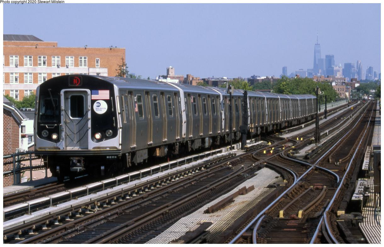 (701k, 1620x1043)<br><b>Country:</b> United States<br><b>City:</b> New York<br><b>System:</b> New York City Transit<br><b>Line:</b> BMT West End Line<br><b>Location:</b> Bay 50th Street <br><b>Route:</b> N reroute<br><b>Car:</b> R-160B (Kawasaki, 2005-2008)  8937 <br><b>Photo by:</b> Stewart Milstein<br><b>Date:</b> 8/5/2018<br><b>Viewed (this week/total):</b> 2 / 151