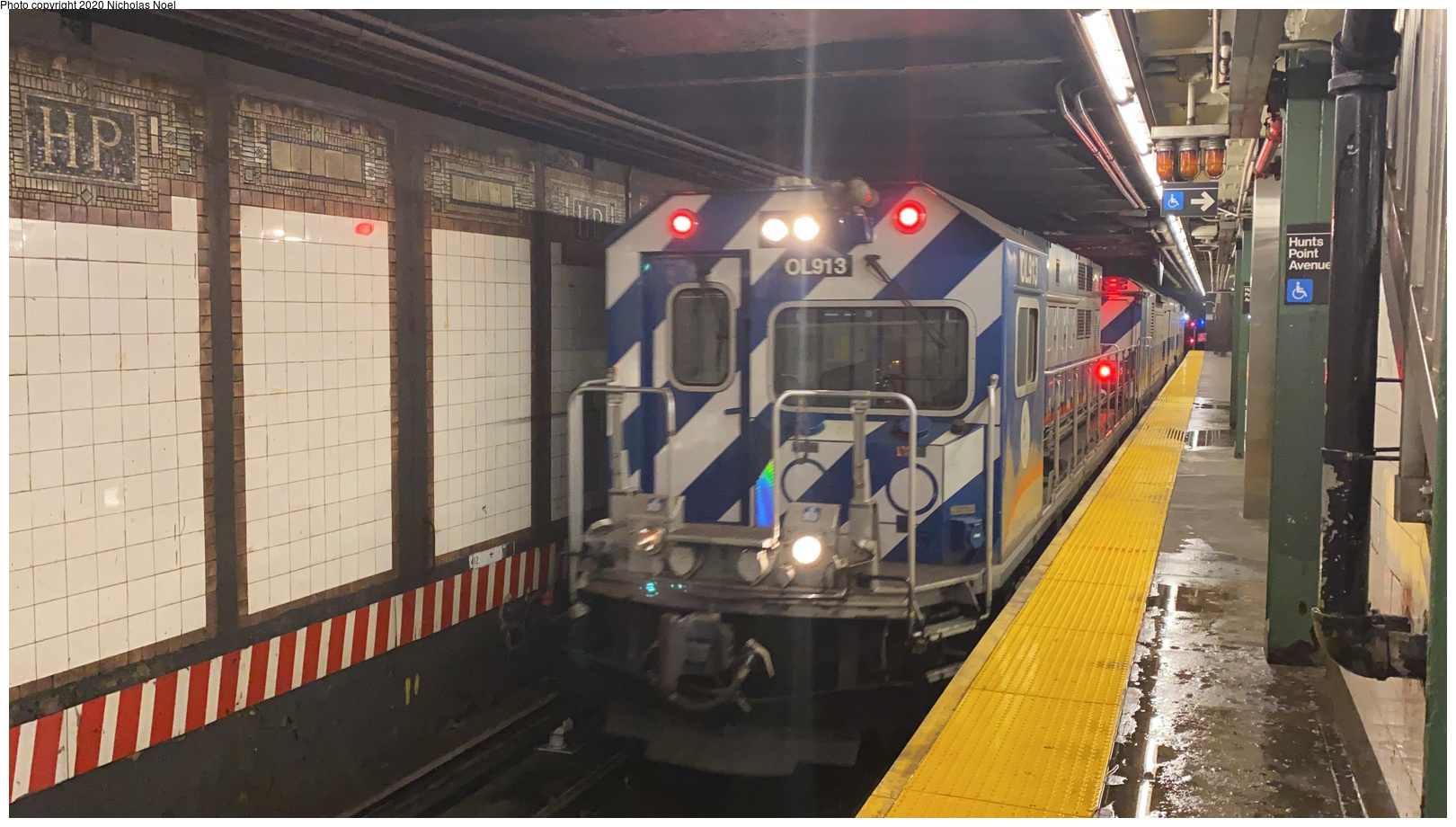 (496k, 1620x920)<br><b>Country:</b> United States<br><b>City:</b> New York<br><b>System:</b> New York City Transit<br><b>Line:</b> IRT Pelham Line<br><b>Location:</b> Hunts Point Avenue <br><b>Route:</b> Work Service<br><b>Car:</b> R-156 Diesel-Electric Locomotive (MPI, 2012-2013) 913 <br><b>Photo by:</b> Nicholas Noel<br><b>Date:</b> 1/28/2020<br><b>Viewed (this week/total):</b> 13 / 42