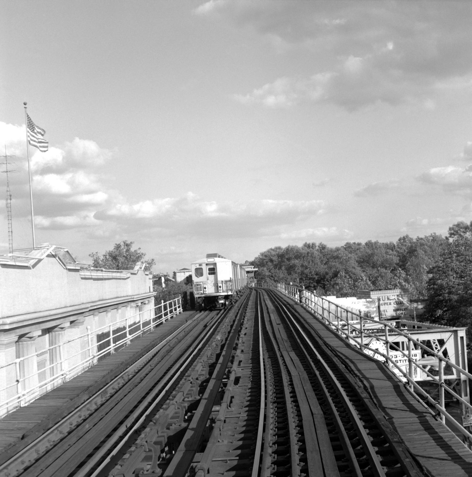 (656k, 1583x1600)<br><b>Country:</b> United States<br><b>City:</b> Philadelphia, PA<br><b>System:</b> SEPTA (or Predecessor)<br><b>Line:</b> Market-Frankford El<br><b>Location:</b> 63rd Street<br><b>Car:</b> SEPTA M-3 (Budd, 1960)  <br><b>Collection of:</b> David Pirmann<br><b>Date:</b> 10/5/1968<br><b>Viewed (this week/total):</b> 0 / 55