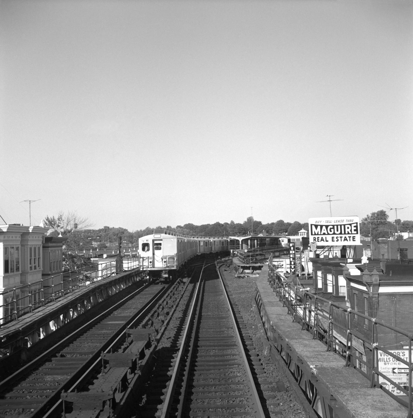 (664k, 1580x1600)<br><b>Country:</b> United States<br><b>City:</b> Philadelphia, PA<br><b>System:</b> SEPTA (or Predecessor)<br><b>Line:</b> Market-Frankford El<br><b>Location:</b> Frankford Terminal (Bridge/Pratt)<br><b>Car:</b> SEPTA M-3 (Budd, 1960)  <br><b>Collection of:</b> David Pirmann<br><b>Date:</b> 10/2/1965<br><b>Viewed (this week/total):</b> 0 / 60