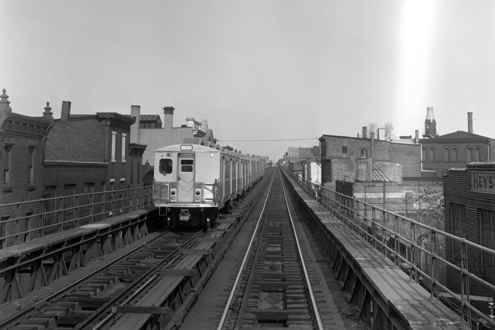 (466k, 1600x1067)<br><b>Country:</b> United States<br><b>City:</b> Philadelphia, PA<br><b>System:</b> SEPTA (or Predecessor)<br><b>Line:</b> Market-Frankford El<br><b>Location:</b> Berks<br><b>Car:</b> SEPTA M-3 (Budd, 1960)  <br><b>Collection of:</b> David Pirmann<br><b>Date:</b> 10/28/1967<br><b>Viewed (this week/total):</b> 0 / 56
