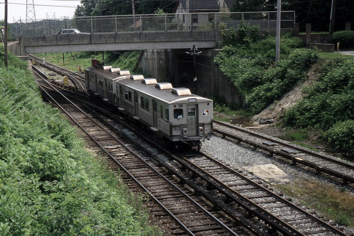 (719k, 1200x800)<br><b>Country:</b> United States<br><b>City:</b> Philadelphia, PA<br><b>System:</b> SEPTA (or Predecessor)<br><b>Line:</b> 100-Norristown<br><b>Location:</b> Bryn Mawr<br><b>Car:</b> SEPTA M-3 (Budd, 1960)  <br><b>Collection of:</b> David Pirmann<br><b>Date:</b> 6/14/1992<br><b>Viewed (this week/total):</b> 2 / 53