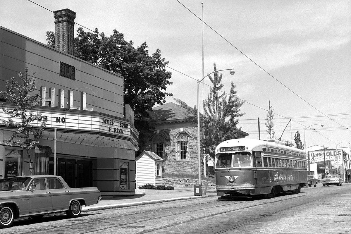 (456k, 1200x800)<br><b>Country:</b> United States<br><b>City:</b> Philadelphia, PA<br><b>System:</b> SEPTA (or Predecessor)<br><b>Line:</b> Rt. 23-Germantown<br><b>Location:</b> Germantown/Highland<br><b>Car:</b> PTC/SEPTA Postwar All-electric PCC (St.Louis, 1947) 2776 <br><b>Collection of:</b> David Pirmann<br><b>Date:</b> 6/12/1965<br><b>Viewed (this week/total):</b> 0 / 53