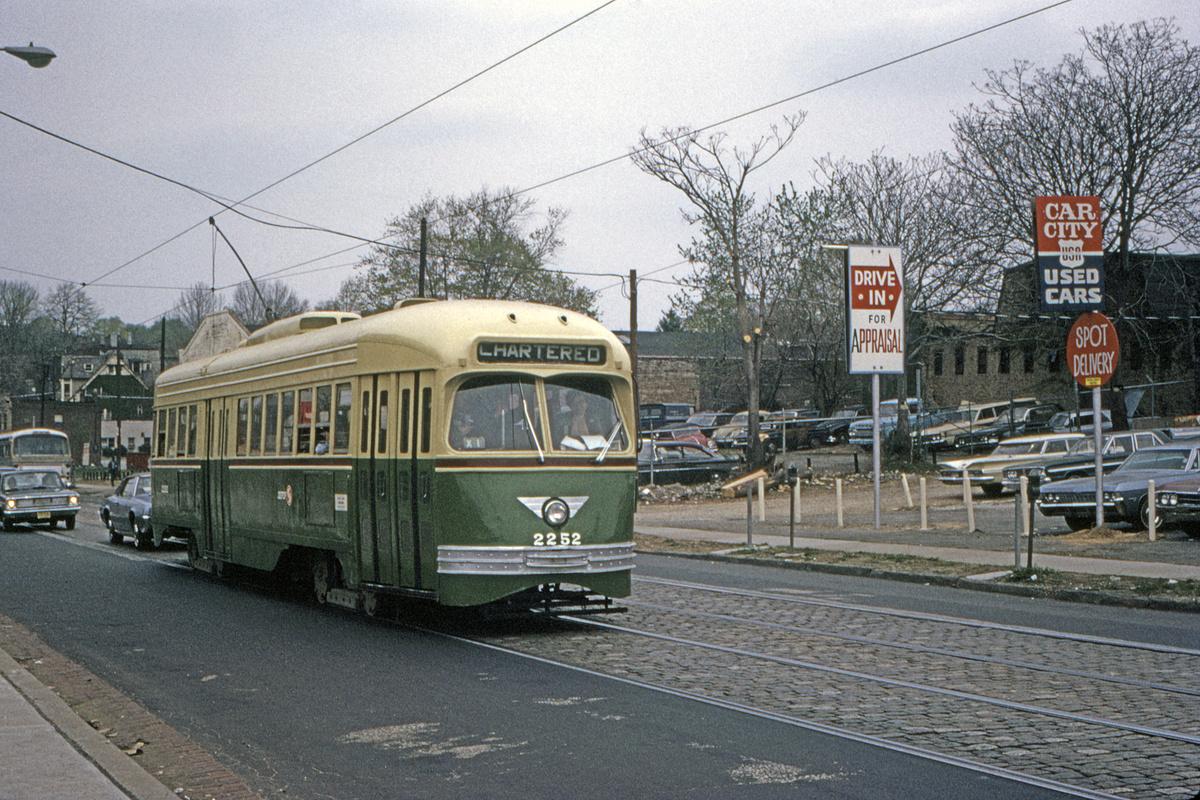 (656k, 1200x800)<br><b>Country:</b> United States<br><b>City:</b> Philadelphia, PA<br><b>System:</b> SEPTA (or Predecessor)<br><b>Route:</b> Fan Trip<br><b>Car:</b> PTC/SEPTA ex-Kansas City PCC (St.Louis, 1946) 2252 <br><b>Collection of:</b> David Pirmann<br><b>Date:</b> 5/2/1971<br><b>Viewed (this week/total):</b> 1 / 56