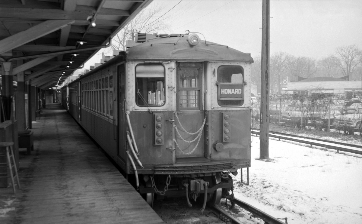 (259k, 1200x745)<br><b>Country:</b> United States<br><b>City:</b> Chicago, IL<br><b>System:</b> Chicago Transit Authority<br><b>Line:</b> CTA Purple (Evanston)<br><b>Location:</b> Linden/Wilmette<br><b>Car:</b> CTA 4000 Series 4258 <br><b>Photo by:</b> Richard Short<br><b>Collection of:</b> David Pirmann<br><b>Viewed (this week/total):</b> 0 / 61