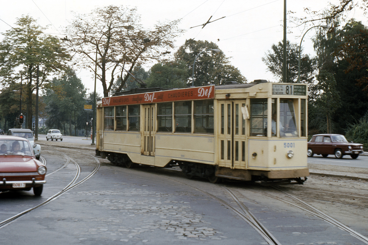 (519k, 1200x800)<br><b>Country:</b> Belgium<br><b>City:</b> Brussels<br><b>System:</b> STIB (Societé des Transports Intercommunaux de Bruxelles)<br><b>Location:</b> Remise (Depot) Woluwe<br><b>Car:</b> 1935 Ateliers de La Dyle et Bacalan-built 5000-series tram 5001 <br><b>Collection of:</b> David Pirmann<br><b>Notes:</b> Car 5001 was modified in the late 1940s to test the Peter Witt passenger flow method for possible use on the projected 7000-series PCC fleet.<br><b>Viewed (this week/total):</b> 2 / 61