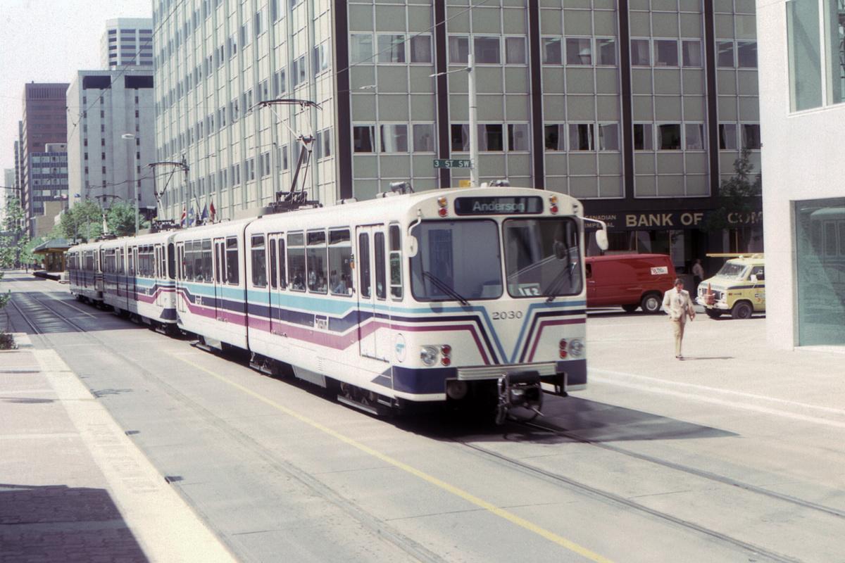 (446k, 1200x800)<br><b>Country:</b> Canada<br><b>City:</b> Calgary<br><b>System:</b> Calgary Transit<br><b>Car:</b> Siemens U2-DC 2030 <br><b>Collection of:</b> David Pirmann<br><b>Date:</b> 6/1983<br><b>Notes:</b> 3rd Street SW<br><b>Viewed (this week/total):</b> 0 / 65