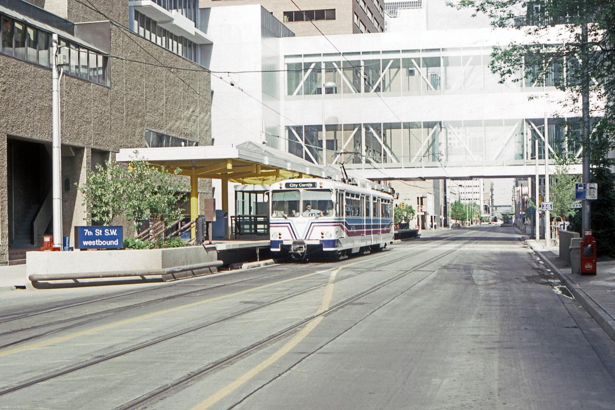(568k, 1200x800)<br><b>Country:</b> Canada<br><b>City:</b> Calgary<br><b>System:</b> Calgary Transit<br><b>Car:</b> Siemens U2-DC 20XX <br><b>Collection of:</b> David Pirmann<br><b>Date:</b> 6/1983<br><b>Notes:</b> 7th Street SW<br><b>Viewed (this week/total):</b> 1 / 59