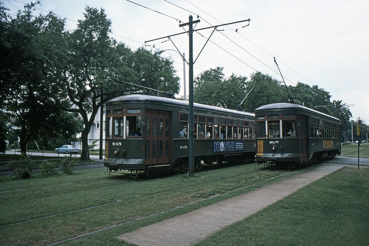 (569k, 1200x800)<br><b>Country:</b> United States<br><b>City:</b> New Orleans, LA<br><b>System:</b> New Orleans RTA<br><b>Line:</b> St. Charles<br><b>Location:</b> St. Charles Line-Location Uncertain<br><b>Car:</b> New Orleans Public Service (Perley A. Thomas Car Works, 1924) 945/907 <br><b>Collection of:</b> David Pirmann<br><b>Date:</b> 6/1976<br><b>Viewed (this week/total):</b> 1 / 49