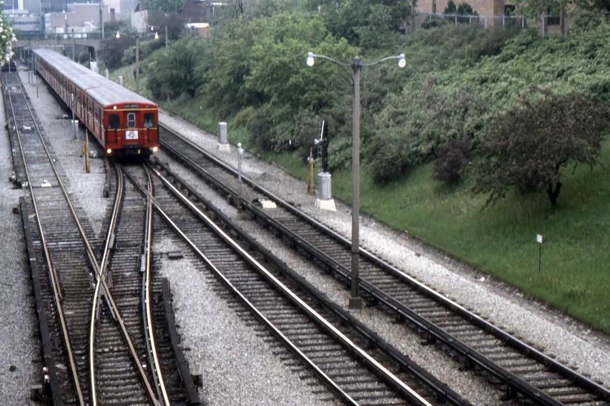 (563k, 1200x800)<br><b>Country:</b> Canada<br><b>City:</b> Toronto<br><b>System:</b> TTC<br><b>Line:</b> TTC Yonge-University-Spadina Subway<br><b>Collection of:</b> David Pirmann<br><b>Date:</b> 6/1984<br><b>Viewed (this week/total):</b> 0 / 100
